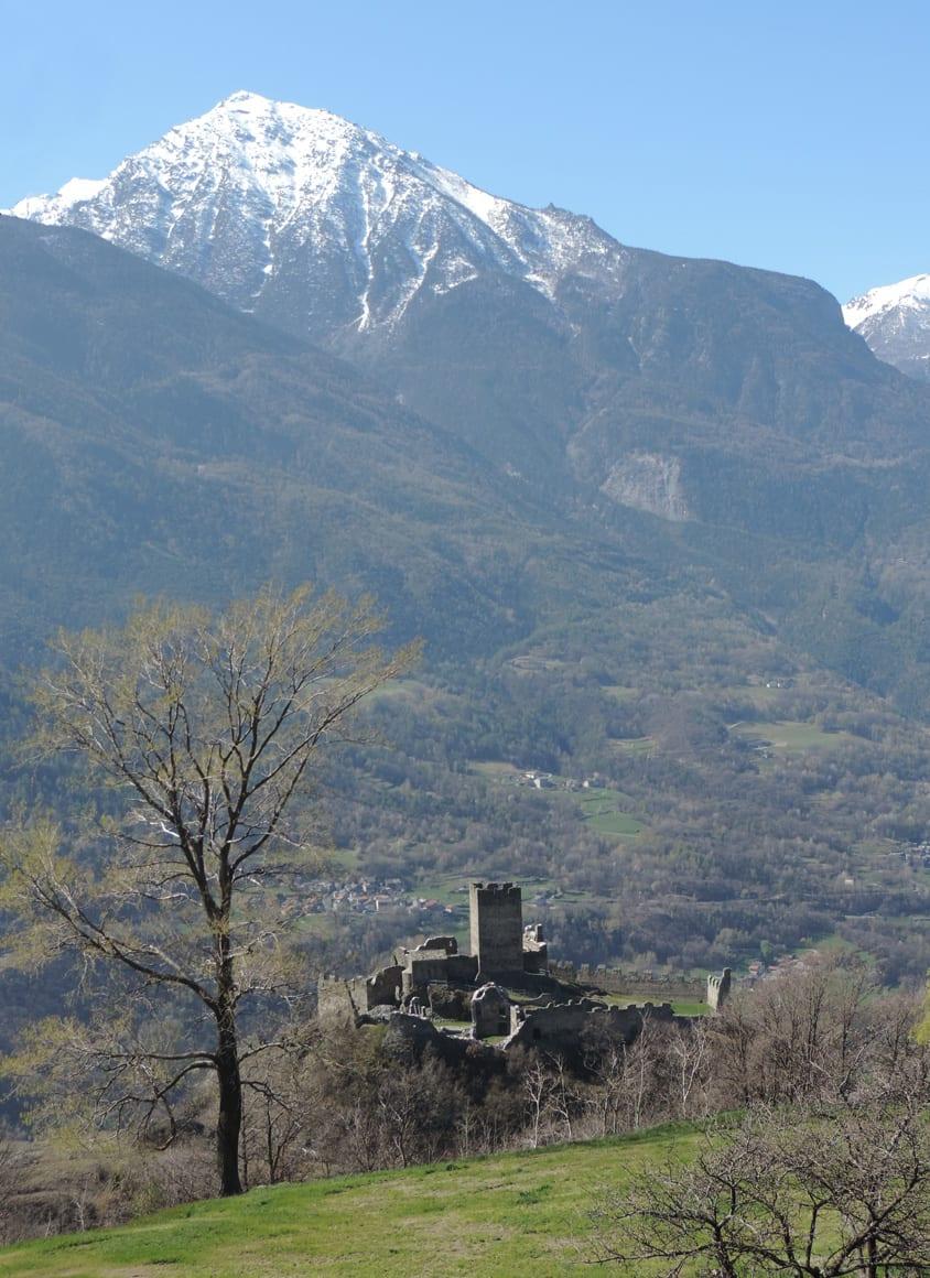 06. Castello di Cly.