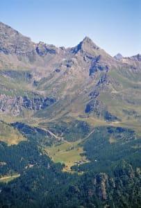 Veduta generale della conca di Cheneil
