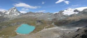 01. Veduta d'insieme della alta conca del Breuil tra Cervino e Monte Rosa (Breithorn 4165 m) con i depositi della Piccola Età Glaciale non ancora inerbiti.