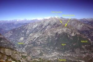 09. La Croix Courma dal Bec Renon sul versante opposto della valle.