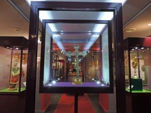 """11. Il museo di Saint-Nicolas-de-Véroce (Haute-Savoie) raccoglie i ricchi tesori """"made in Germany"""" dei mercanti savoiardi del Seicento."""