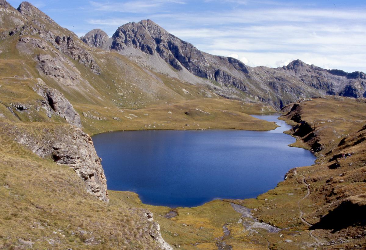 Laghi alpini questi sconosciuti for Disegni di laghi
