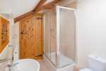 Rhossili beach for holidays - bathroom