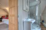 Abercastle holiday cottage - master ensuite bathroom with separate shower