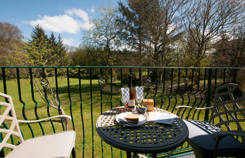 Pet friendly holiday cottage Aberaeron - balcony