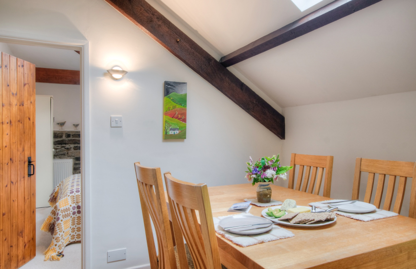 Ceredigion holiday cottage - dining