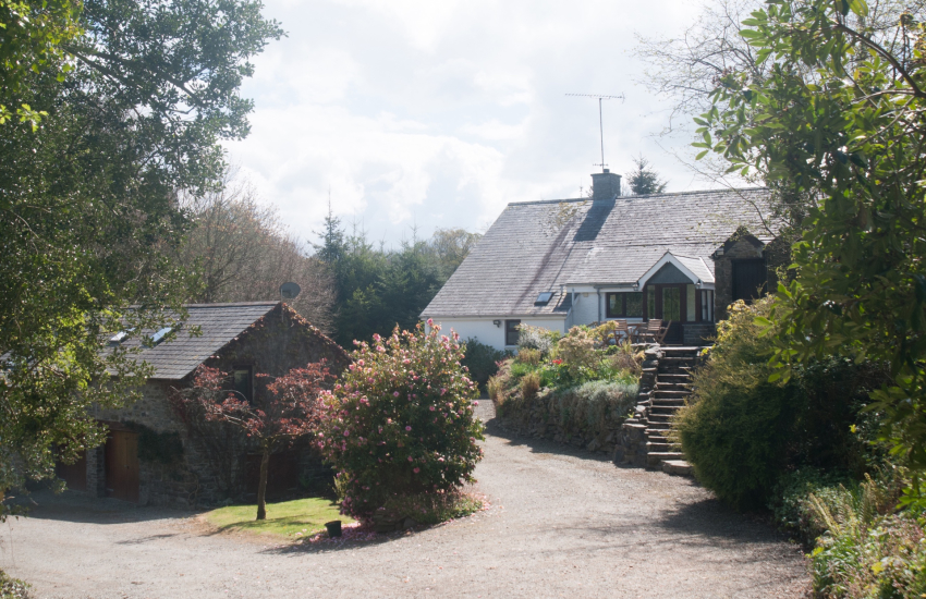 Llanerchaeron holiday cottage - ext