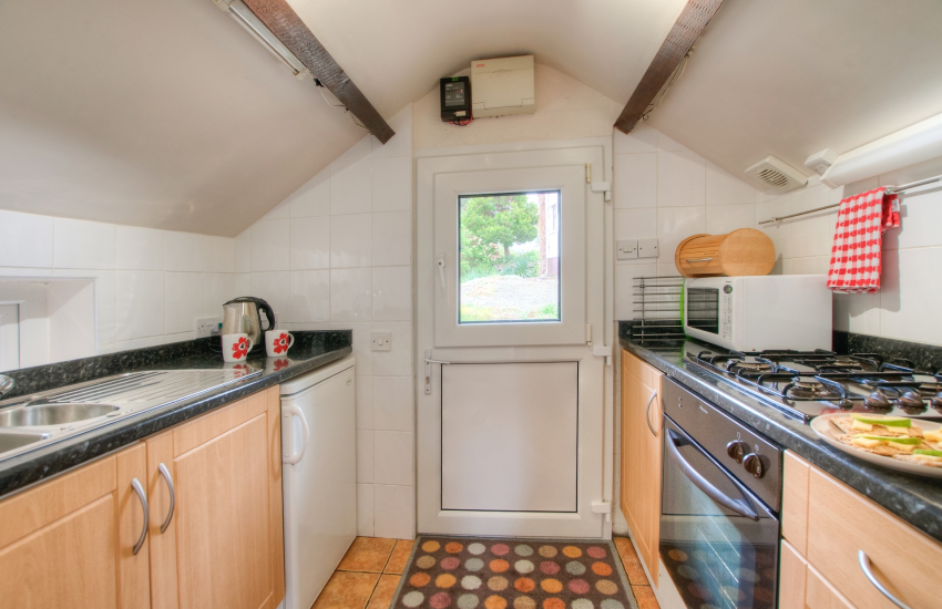Ceredigion self catering- kitchen