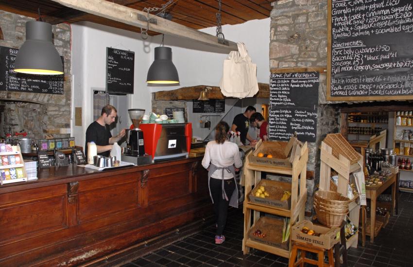 Wrights Food Emporium, Llanarthney
