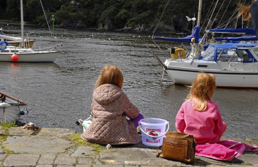 Crabbing Lower Town Fishguard