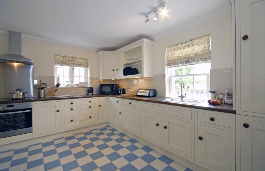 Modern kitchen/diner