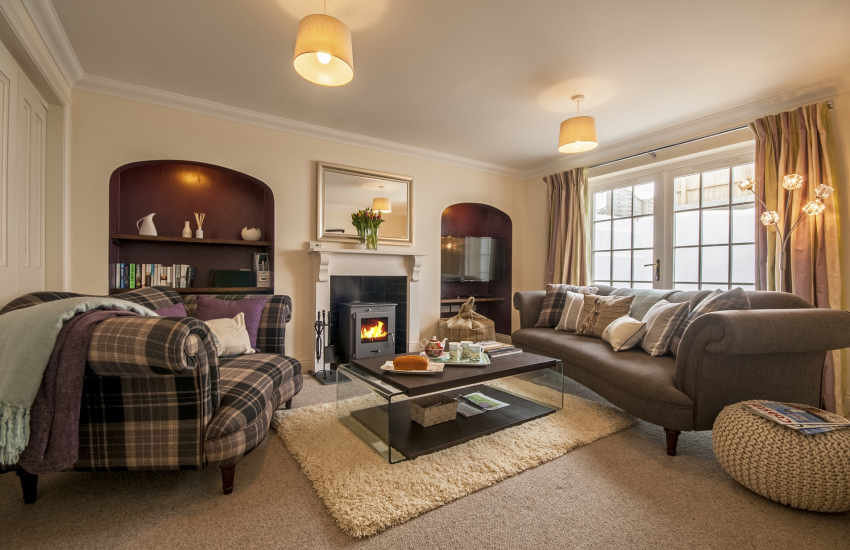 North Pembrokeshire holiday cottage - lounge with log burning stove