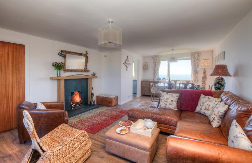Pet friendly Coastal cottage Pembrokeshire - lounge