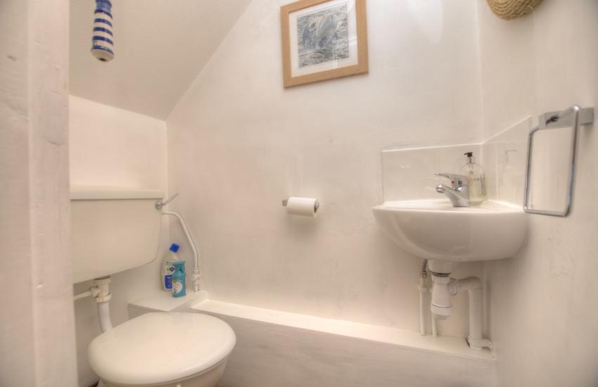 Pet friendly Coastal cottage Pembrokeshire - wc
