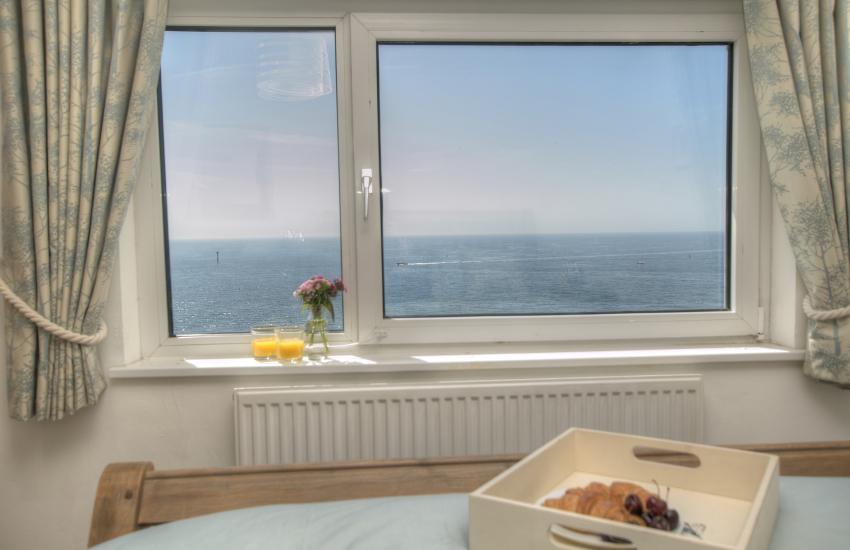Pembrokeshire coastal cottage  - bedroom