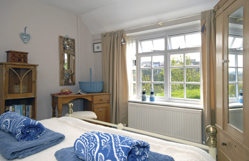 Pembrokeshire holiday cottage sleeps 4