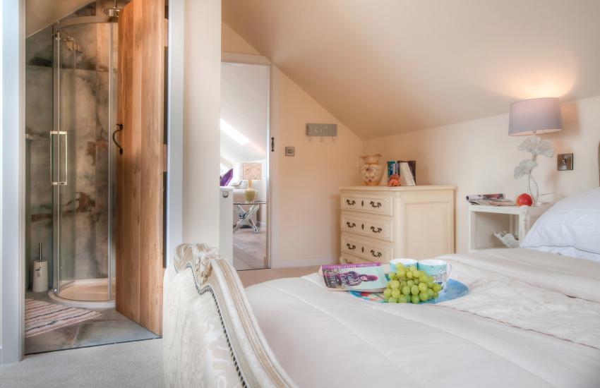 Nefyn holiday cottage - double bedroom