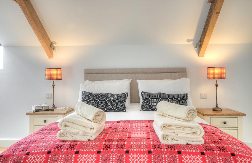 Luxury holiday house Pembrokeshire  - bedroom