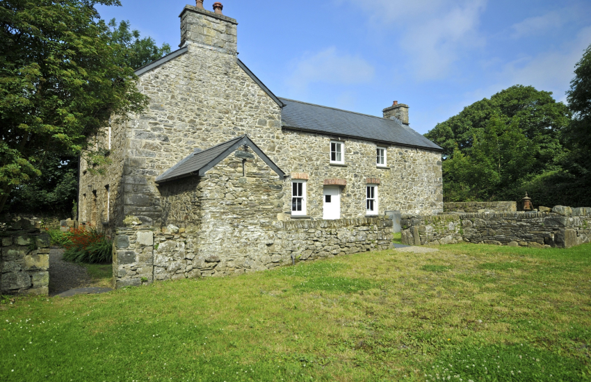 Pembrokeshire holiday home - exterior