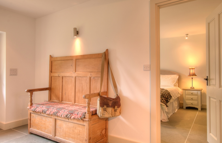 Pembrokeshire holiday cottage - hall
