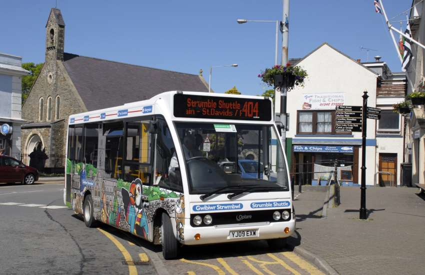 Strumble Shuttle a coastal bus service