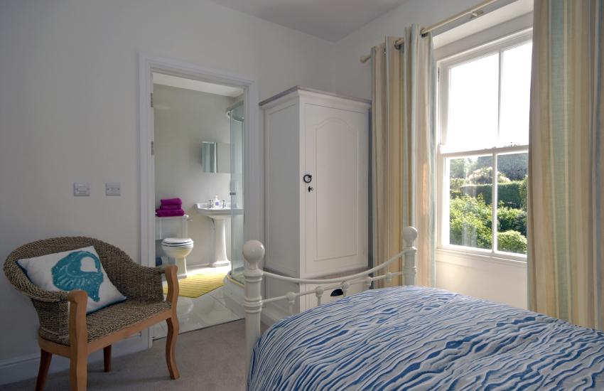 Second floor twin with en suite shower