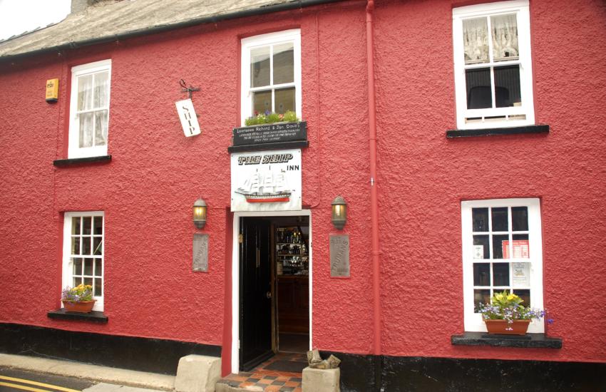 The Ship Inn - a good old fashioned pub