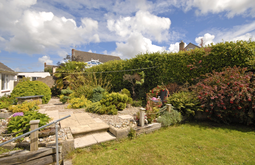 Goodwick Sands holiday home - enclosed rear gardens