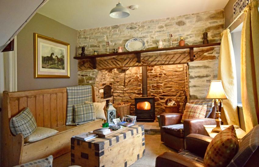 Gower Coast Cottage Snug
