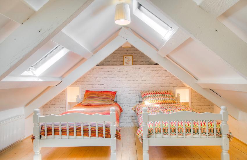 Rural retreat Llyn Peninsula -  bedroom
