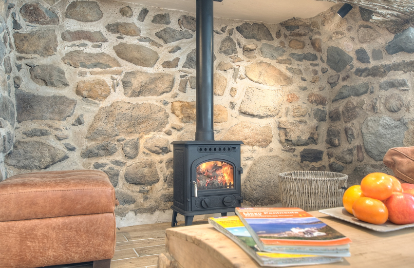 Hells Mouth holiday cottage - fire