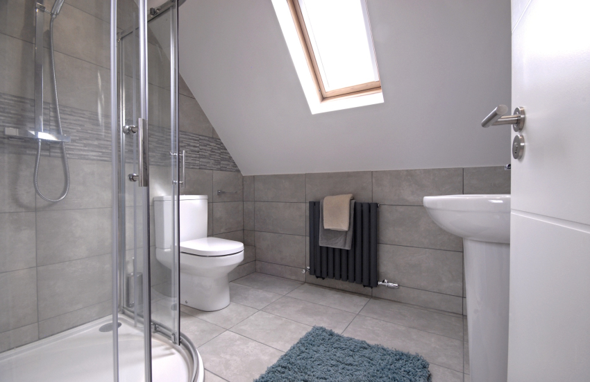 Master en suite shower