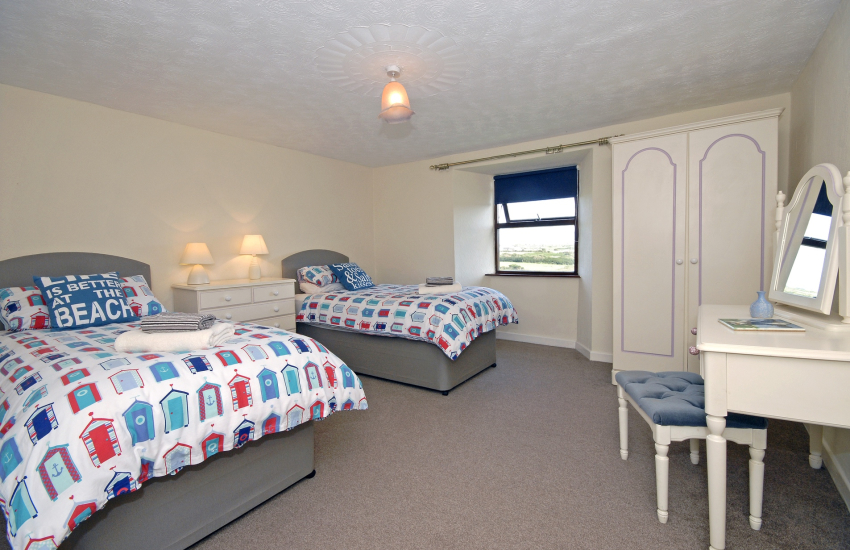 St Davids holiday home sleeps 7 - twin with countryside views