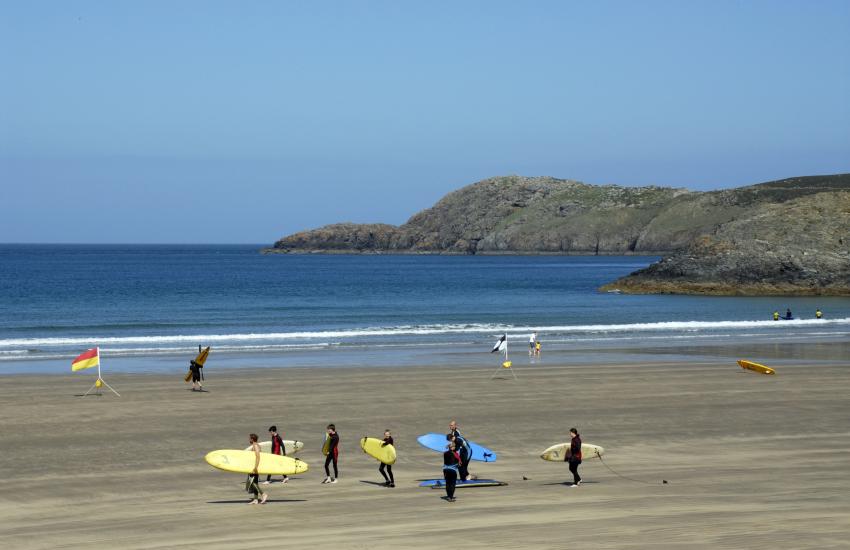 Whitesands Bay (Blue Flag) surfing beach