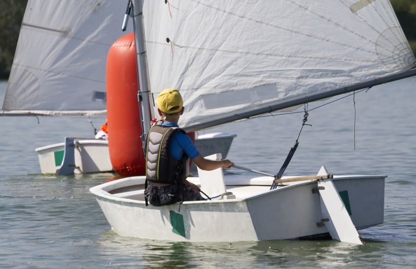 Solva Sailboats for dinghy tuition