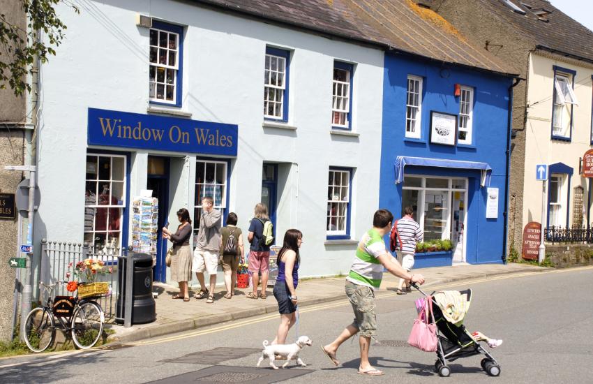 Shopping in St Davids Window on Wales