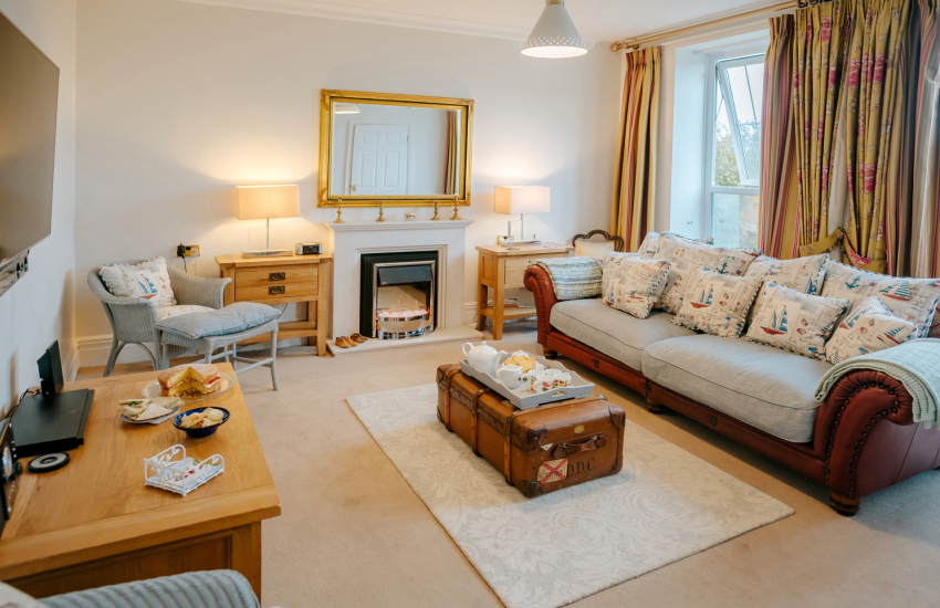 Caswell bay Gower holiday - lounge