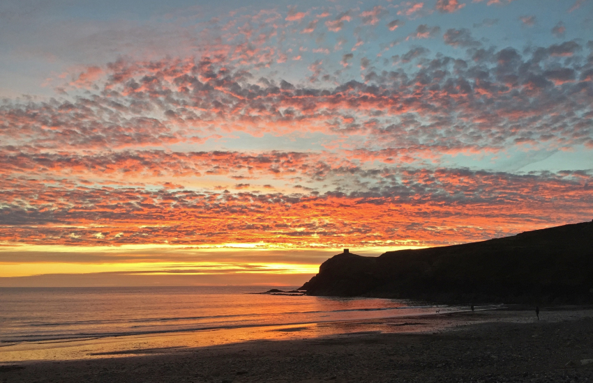 Watch amazing sunsets from Ty Llawen (Abereiddy)