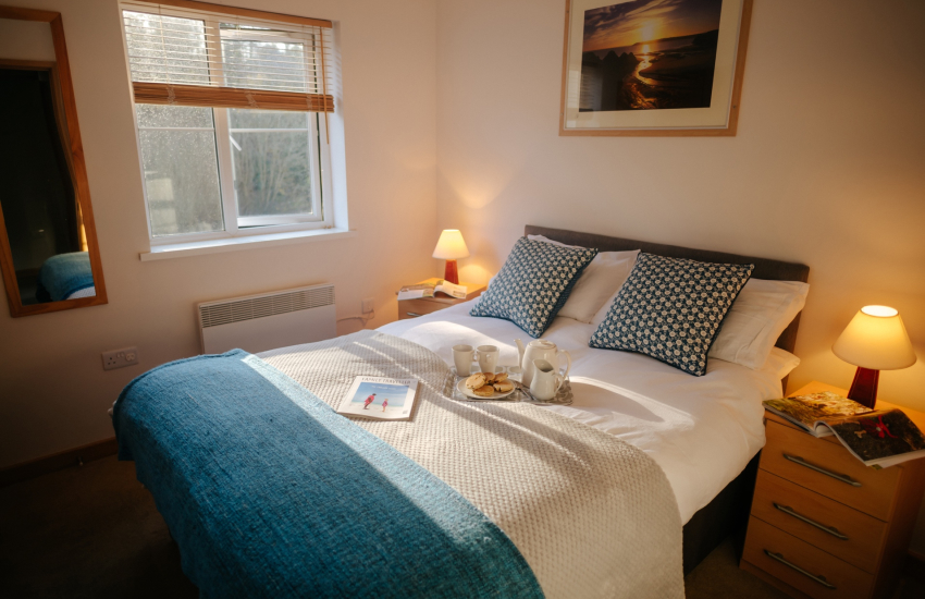 Parkmill cottage holiday-double bedroom