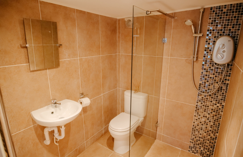 South Wales holiday cottage - shower room