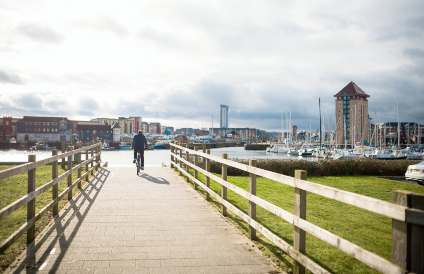 Swansea Marina on foot or by bicycle