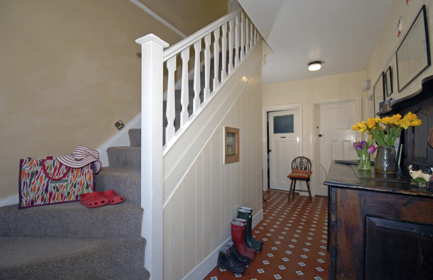 St davids holiday home - entrance hall