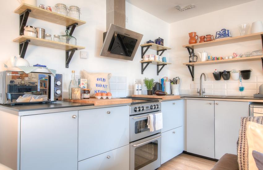 Morfa Nefyn pet free holiday cottage - kitchen