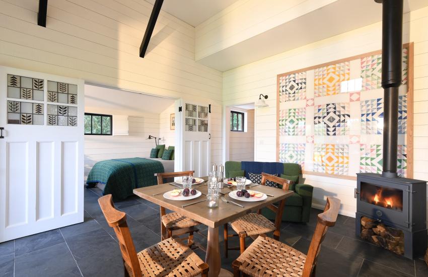 Cowbridge holiday break - lounge