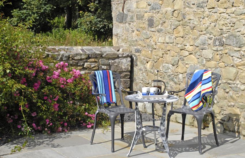 Front garden terrace