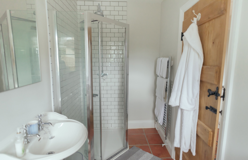 Holiday cottage in the Gower-sleeps 6