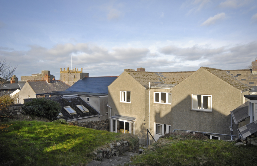 St Davids holiday house with gardens overlooking the Cathedral