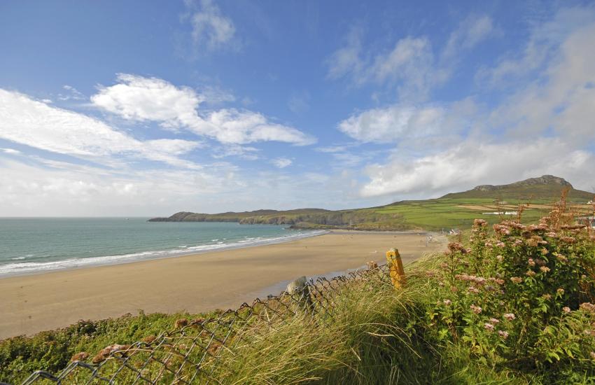 Whitesands wide sandy beach