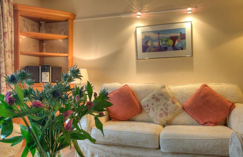 Pet friendly accommodation St Davids - lounge
