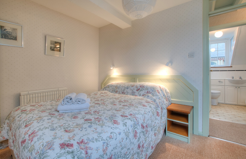 Pet friendly St Davids apartment - 1st floor double bedroom